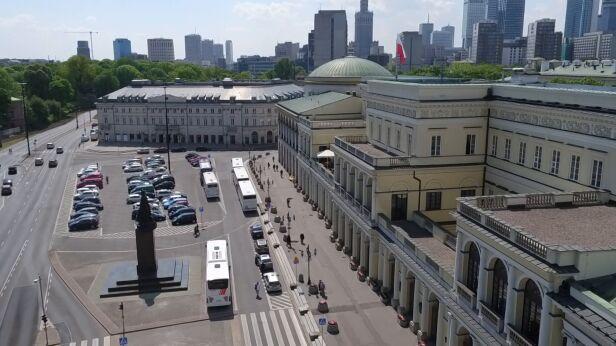 Plac Bankowy czekają zmiany archiwum TVN24