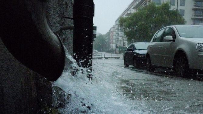 Nadchodzące dni deszczowe. <br />Na południu Polski możliwe potężne ulewy